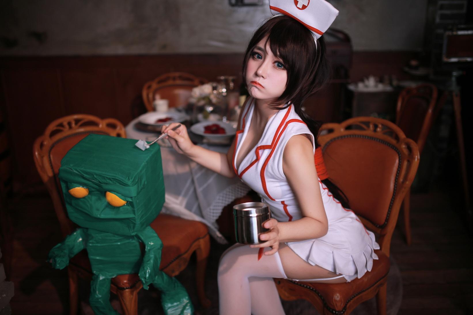 nurse akali 01