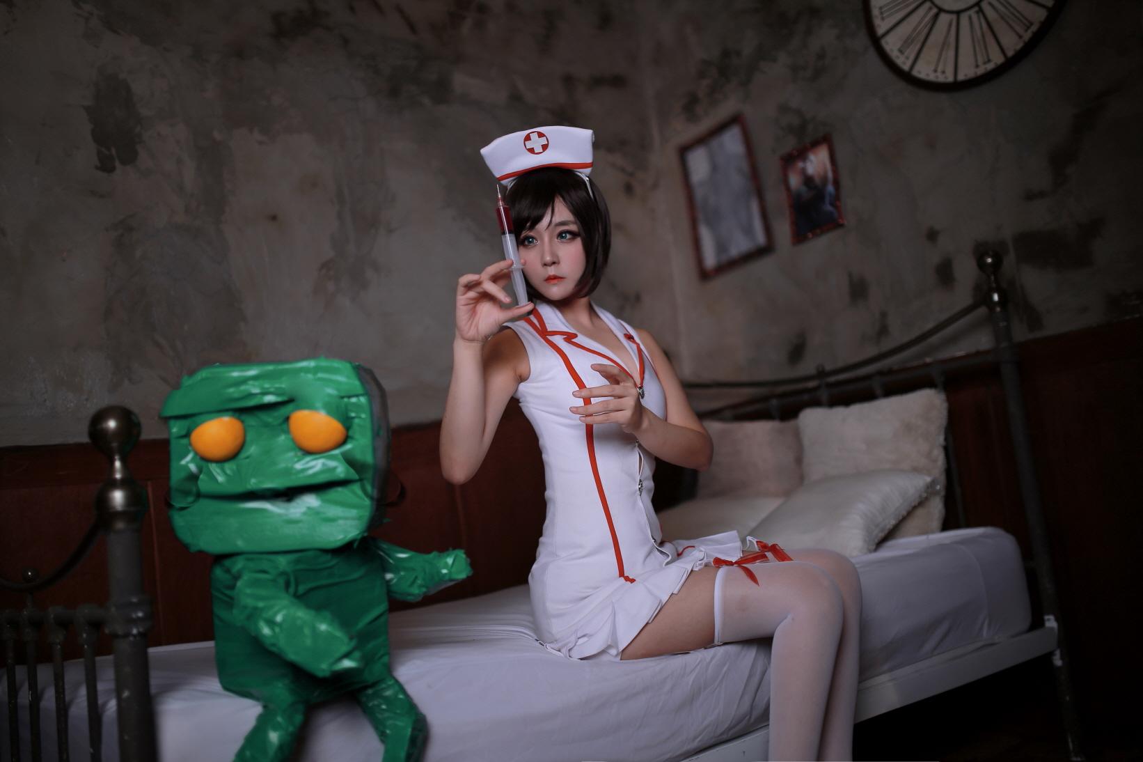 nurse akali 05